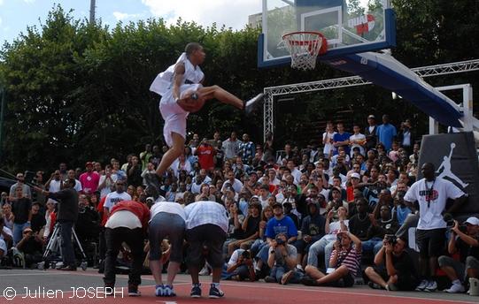 http://gobasket.free.fr/QUAI54/Guy_Dupuy.jpg